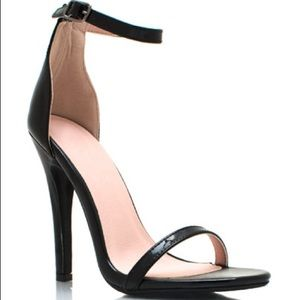 Shoe Republic LA Black Patent Strappy Sandals